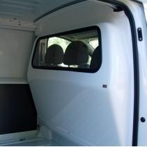 Cloison de séparation Toyota Proace avec option vitre fixe ou coulissante