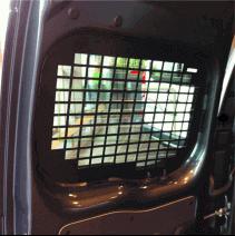 Grilles anti-effraction Opel Combo 2018+ - portes arrières vitrées (exemple sur un autre modèle d'utilitaire)