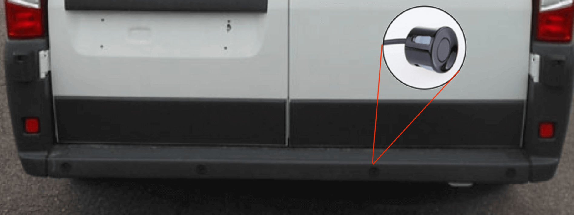 Capteurs de radar de recul sur véhicule utilitaire