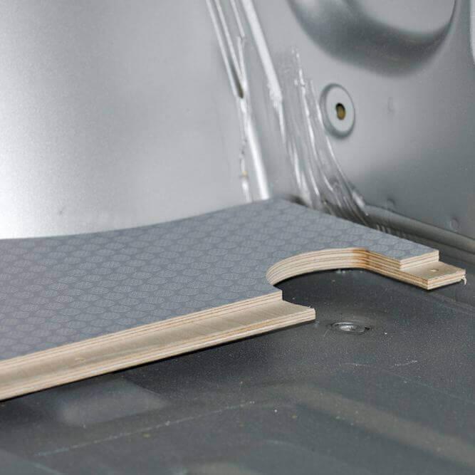 Jointure plancher utilitaire en 2 parties