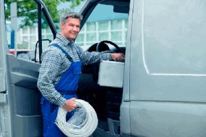 Quels aménagements faire pour un véhicule utilitaire de plombier ?